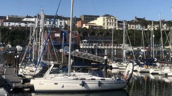 Segelboot Bavaria Cruiser 40